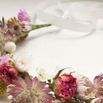 Atelier de couronne de fleurs séchées et broderie fleurie
